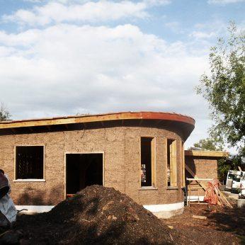 remplissage-terre-paille---maison---aout-2015